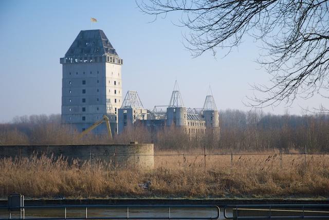 13. Kasteel Almere