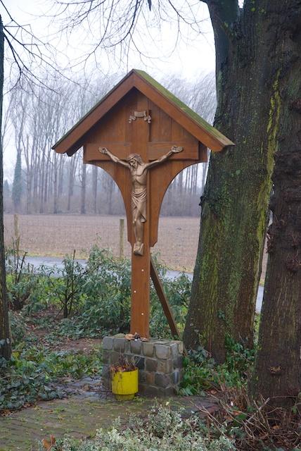 15. Kruisbeeld*
