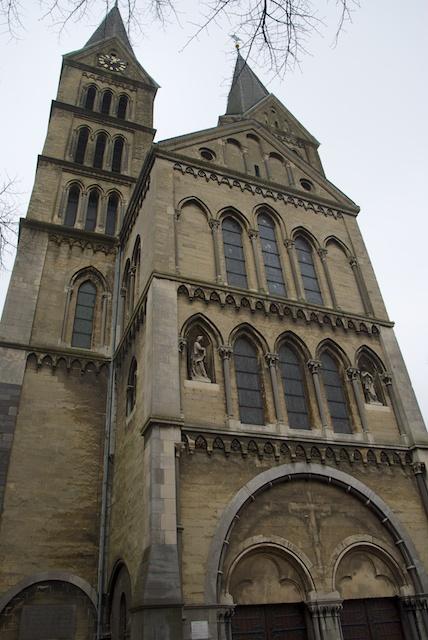4. OL. Vrouwe Munsterkerk*
