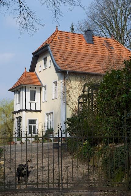 12. Huis*