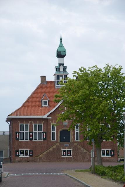 48. Gemeentehuis