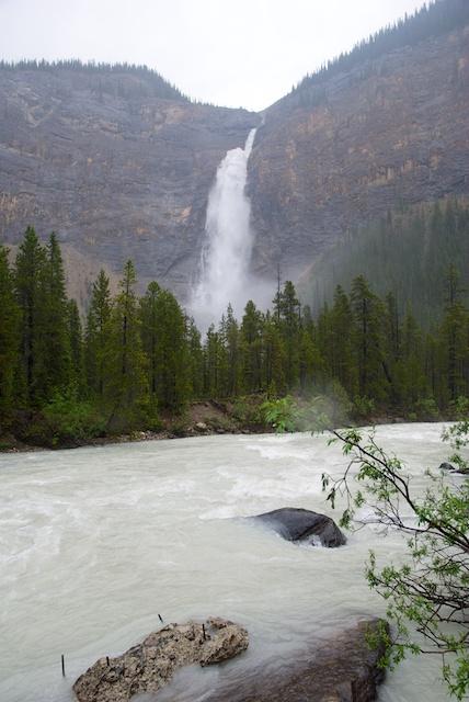 809. Takakkaw Falls*