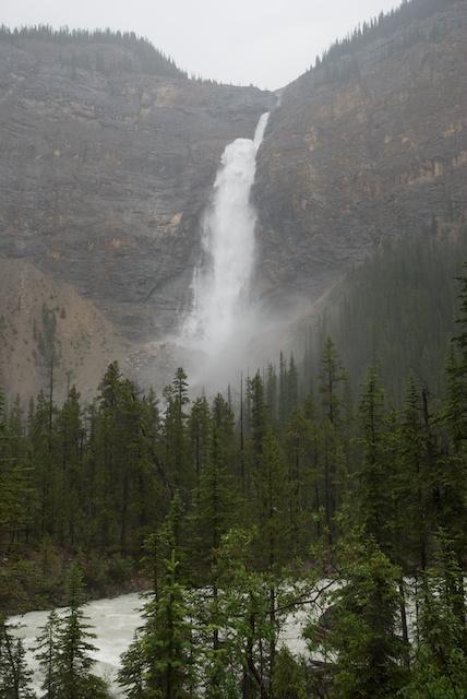 810. Takakkaw Falls*