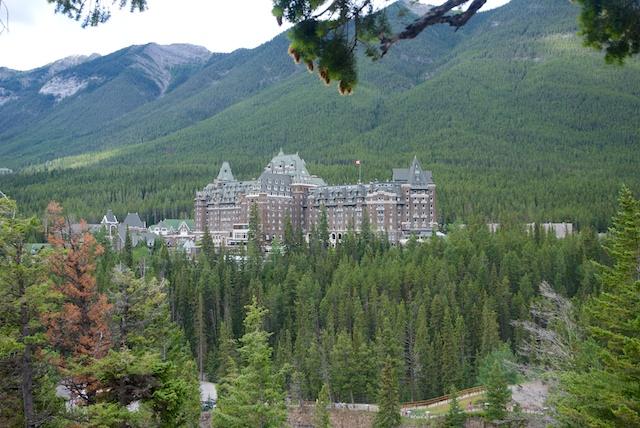 832. Chateau Banff
