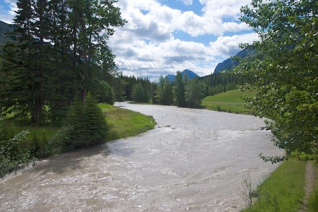 841. Spray river