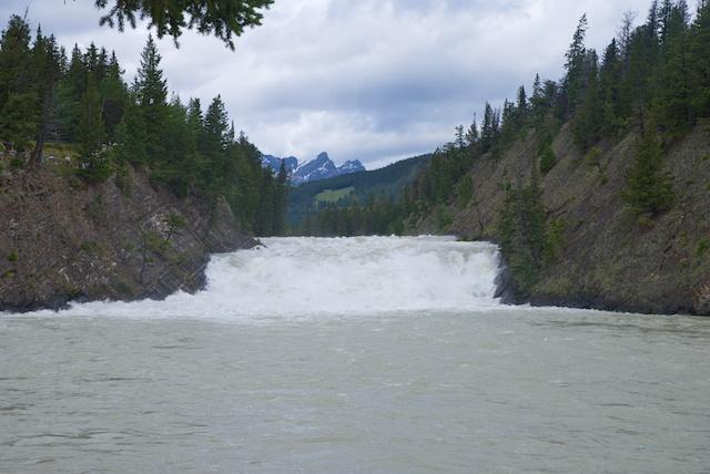 842. Spray river