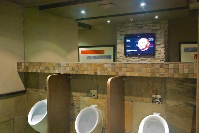 863. Toilet