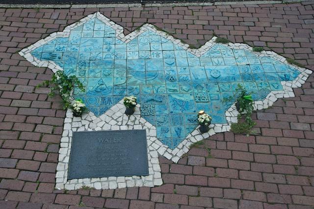 2. Monument