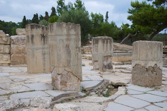 494. Knossos
