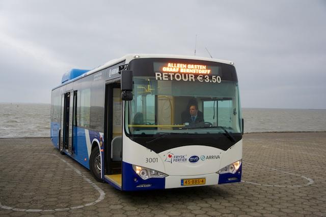 19. Bus