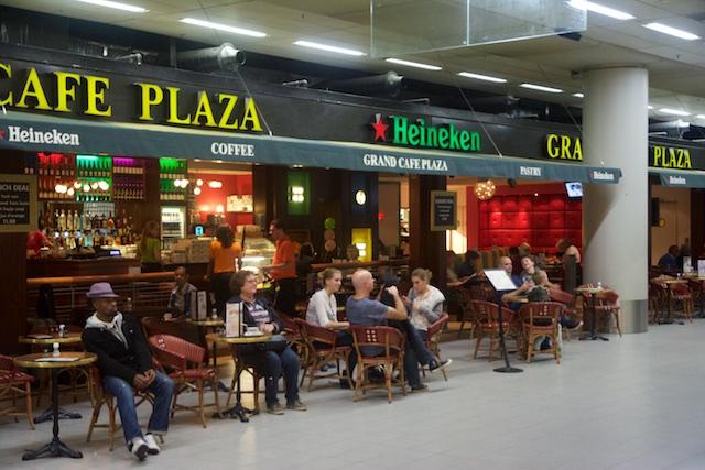 2. Cafe Plaza