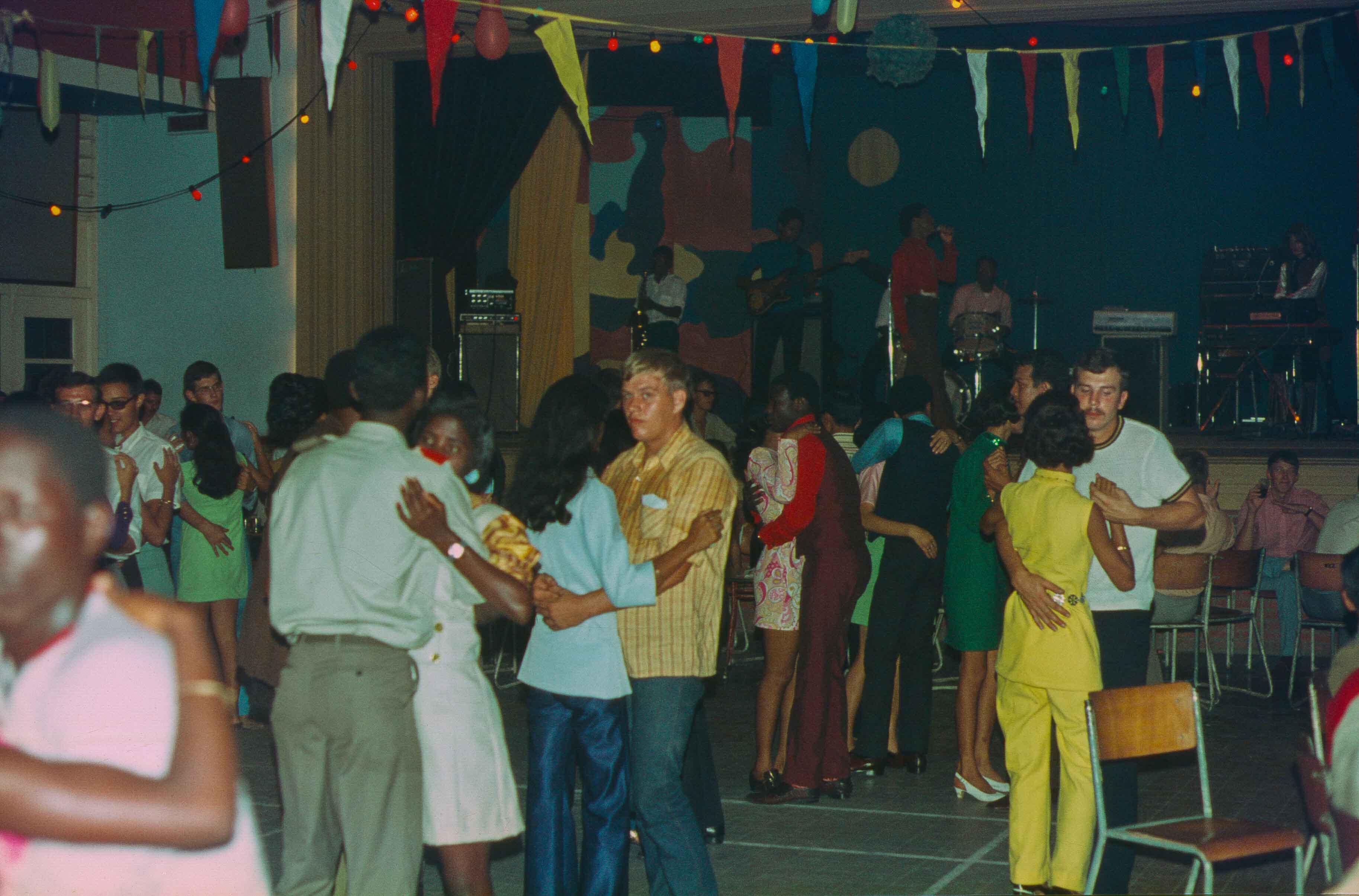 306. Suriname