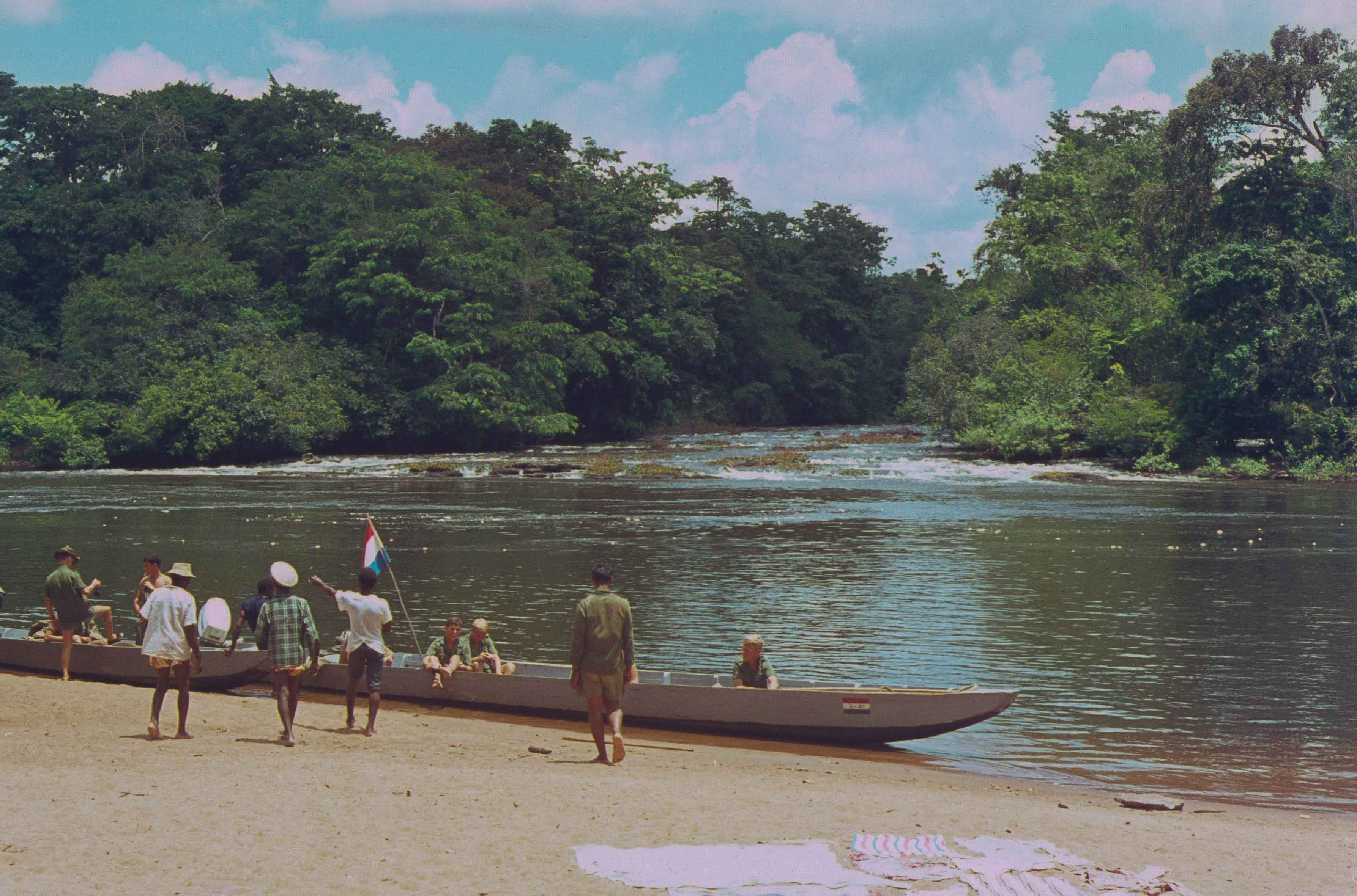 472. Suriname