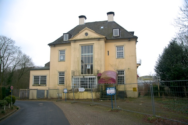 138. Waldhotel