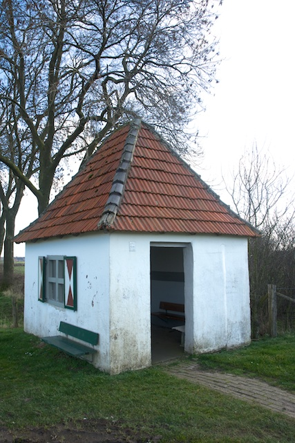 165. Schuilhut