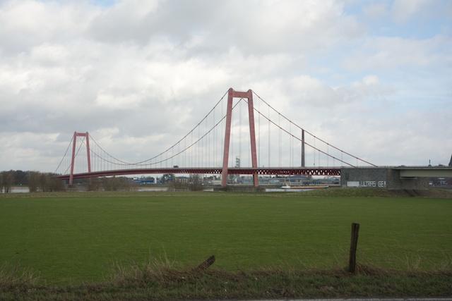 173. Rheinbrucke