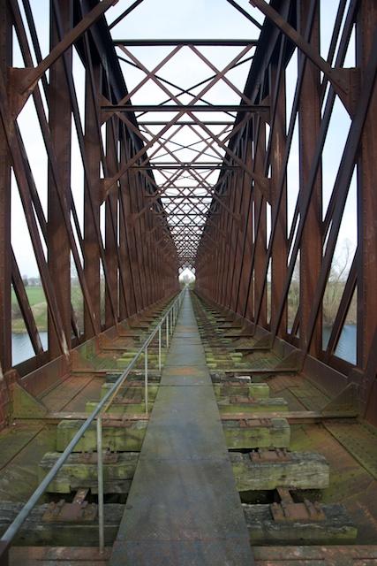 178. Spoorbrug