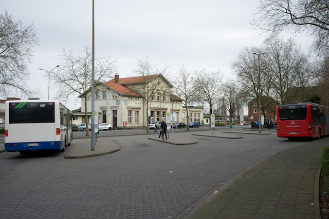 188. Busstation