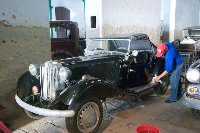 525. Oude auto