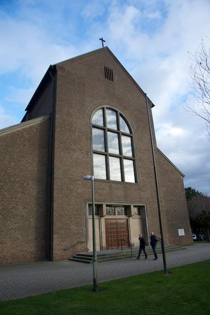 76. Kerk