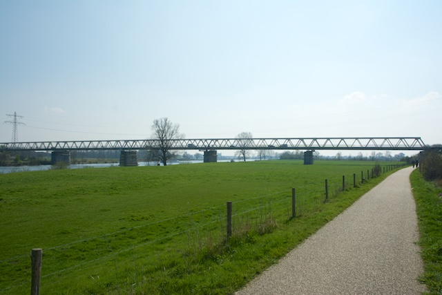 21. Maasbrug
