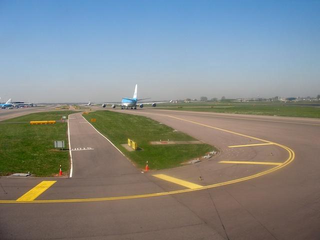 5. Boeing 747