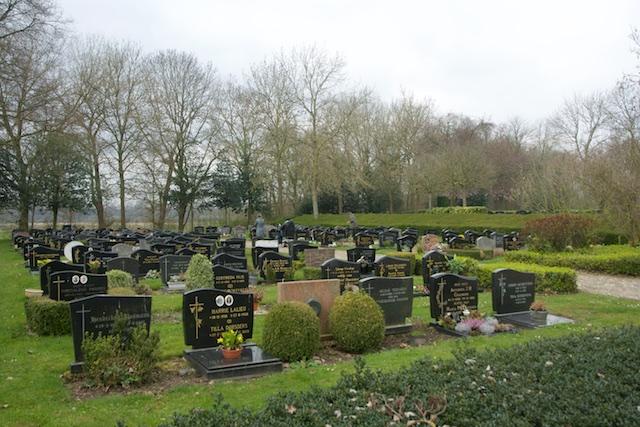 51. Begraafplaats