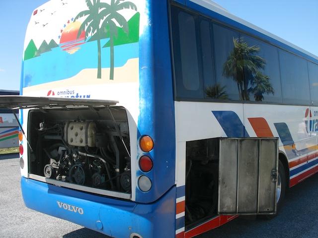 70. Bus