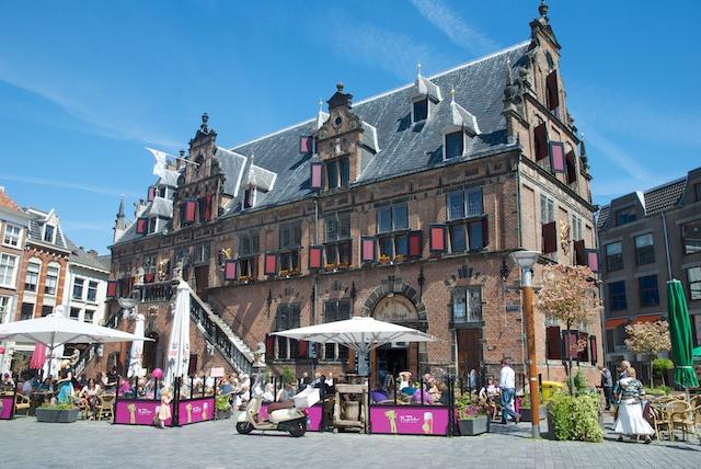 01. Nijmegen