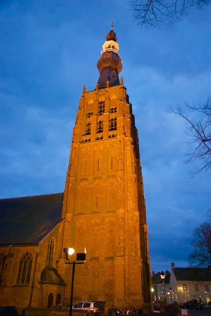 102. Kerk