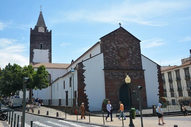 337. Kathedraal