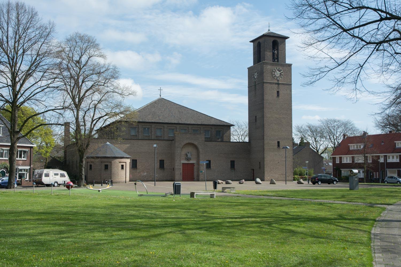 12. Kerk