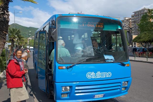 214. Bus