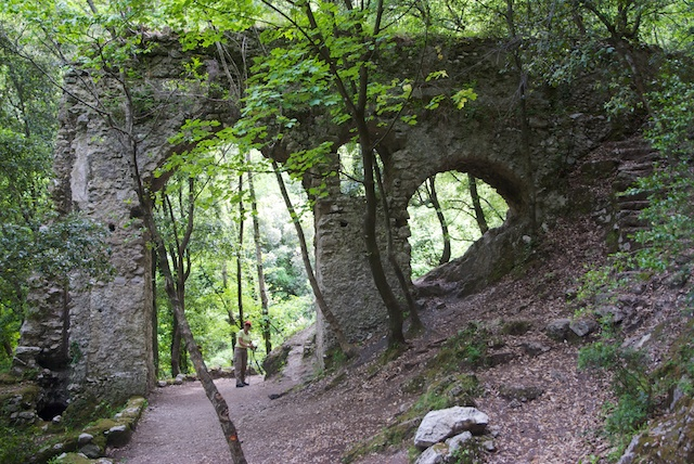 304. Aquaduct