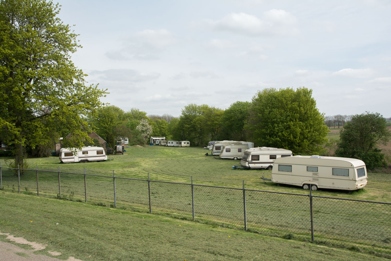 39. Camping
