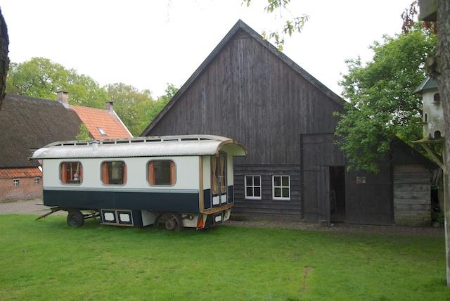 55. Woonwagen