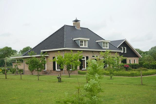 7. Villa