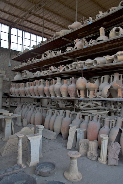 80. Amphora