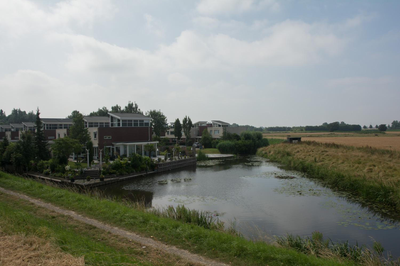 32. 's Gravendeel