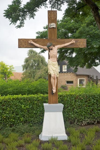 41. Kruisbeeld