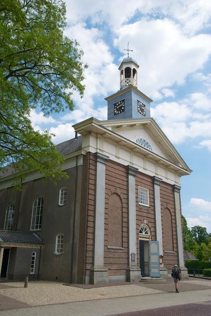 48. Kerk Laren