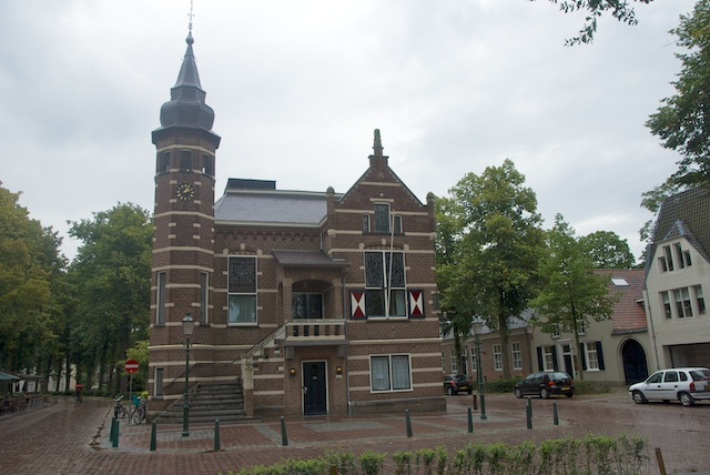 60. Stadhuis