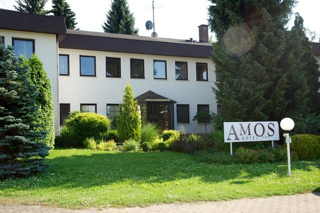 300. Amos