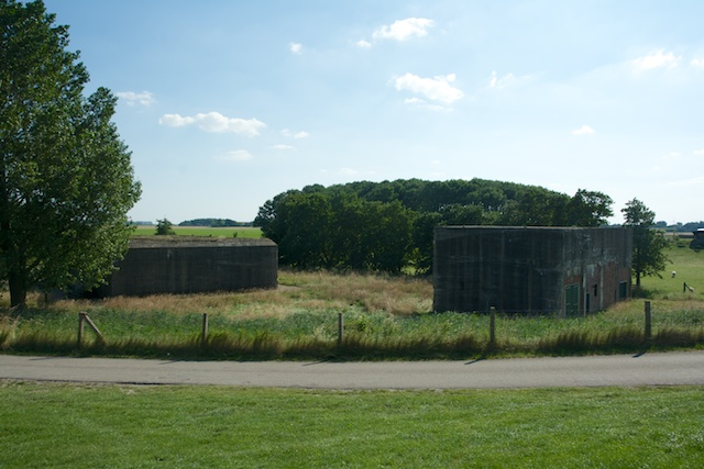 32. Bunkers