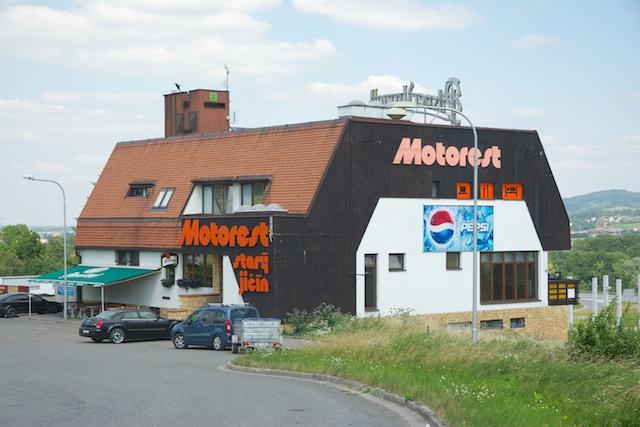 340. Restaurant