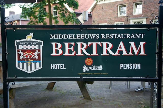 4. Bord Bertram