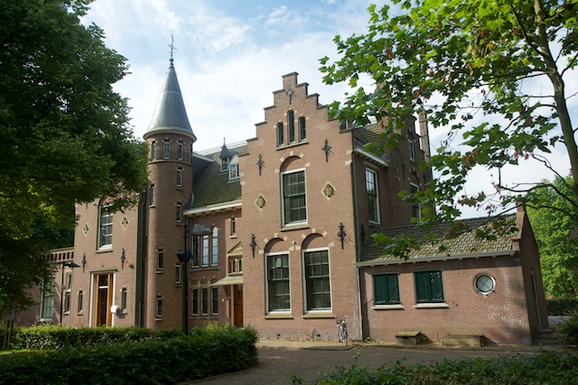 44. Westerhout