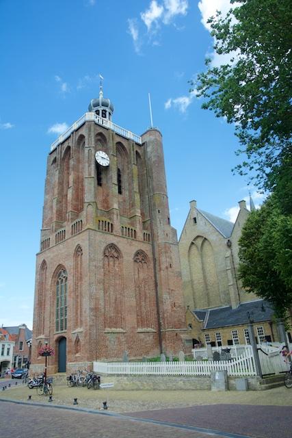 48. Kerk