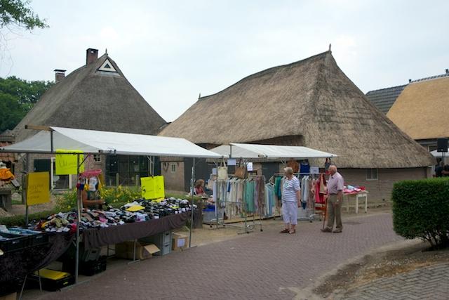 54. Zomermarkt
