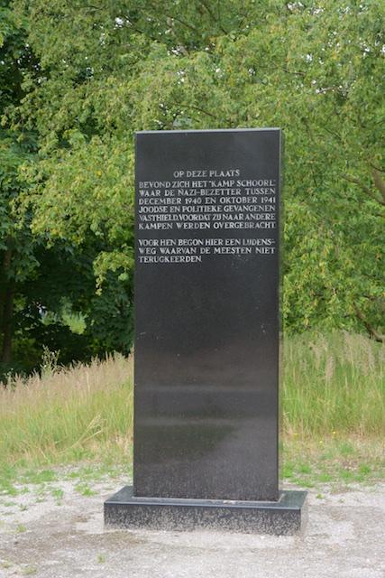 94. Gedenksteen